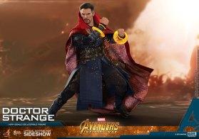 Hot Toys Doctor Strange (13)