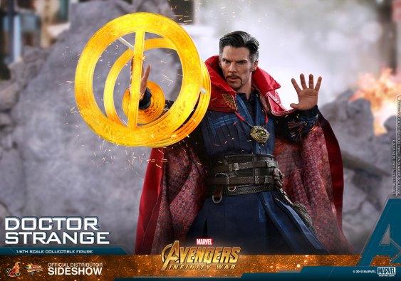 Hot Toys Doctor Strange (18)