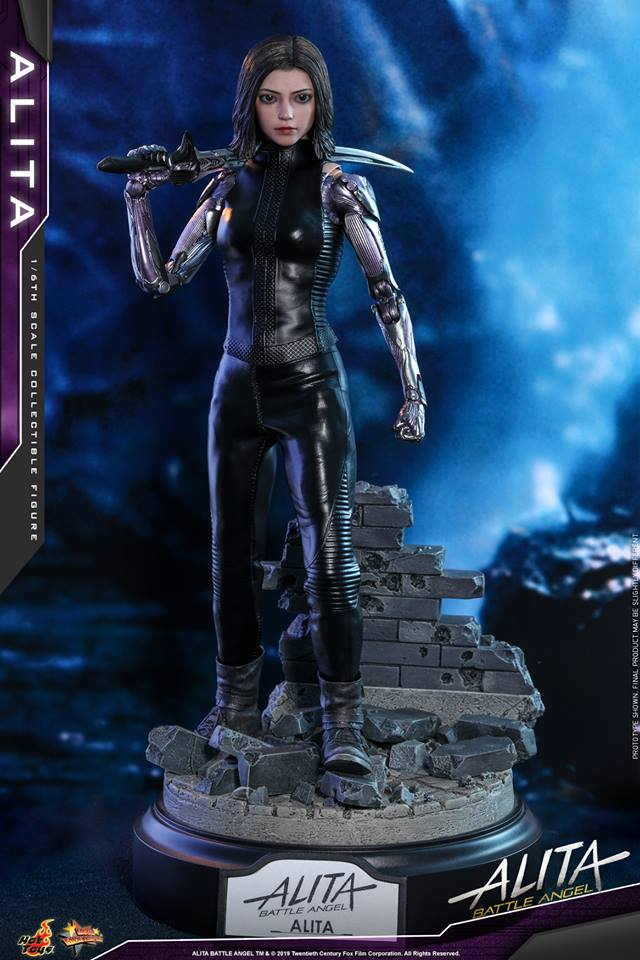 The new Hot Toys Alita: Battle Angel figure can see right into your soul 34