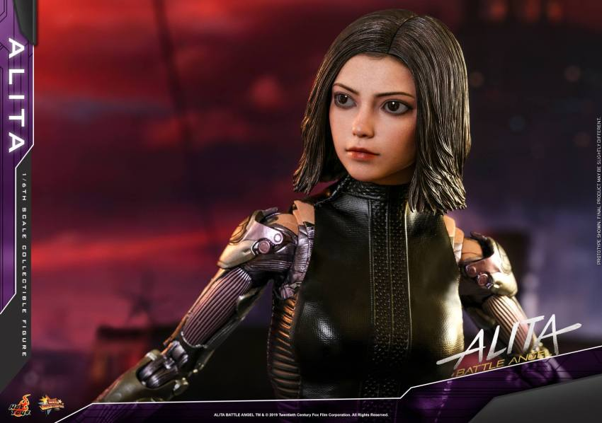The new Hot Toys Alita: Battle Angel figure can see right into your soul 39