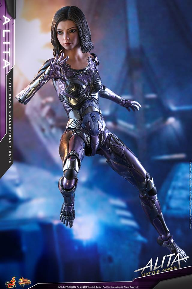 The new Hot Toys Alita: Battle Angel figure can see right into your soul 30