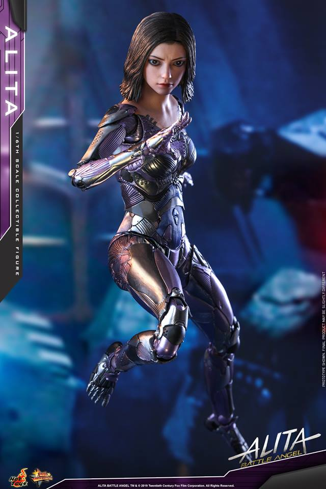 The new Hot Toys Alita: Battle Angel figure can see right into your soul 31