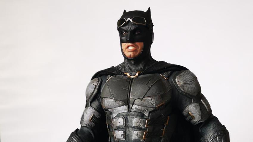 Hot Toys MMS 432 Justice League Batman Tactical Batsuit Review – Bat in Black 41