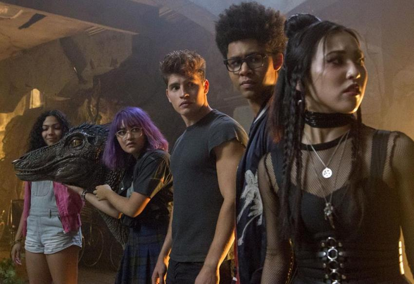 Marvels Runaways Interview – Ariela Barer talks higher stakes for Gert and acting opposite a dinosaur 8