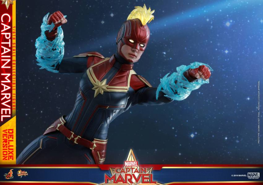 Hot Toys Goose the Cat even comes with a Captain Marvel accessory 24