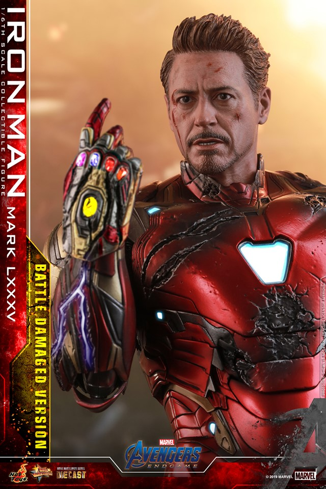 Relive (and cry about!) the best scene in Avengers: Endgame with this new Hot Toys Iron Man figure 31