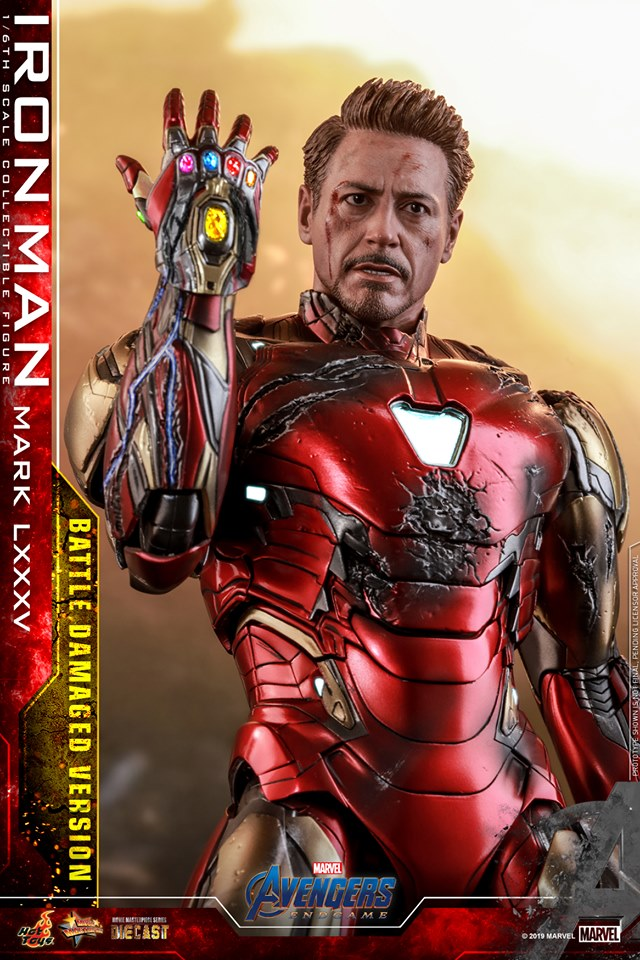 Relive (and cry about!) the best scene in Avengers: Endgame with this new Hot Toys Iron Man figure 30