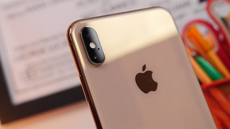 Apple may not include a power adapter with its cheaper 2020 phones 4