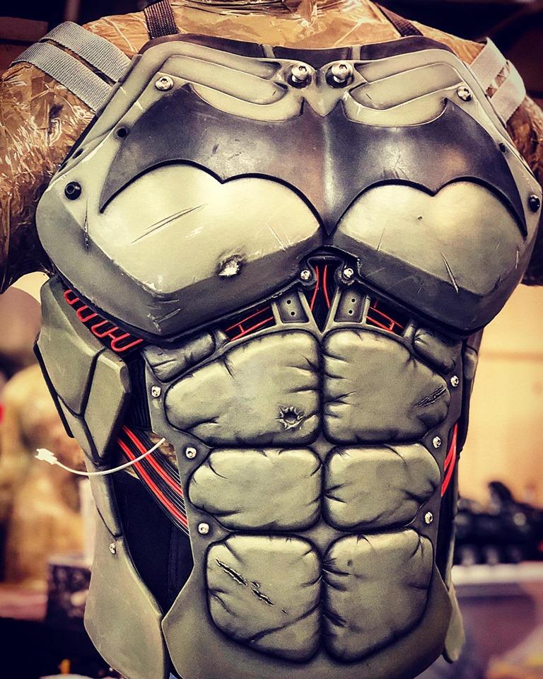 Behold a Batman cosplay so good, it's XE-cellent 14
