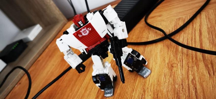 Transformers Siege: War for Cybertron Red Alert Review 18