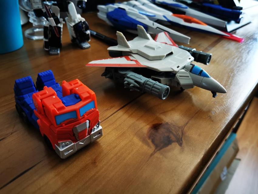 Transformers Cyberverse Spark Armour Optimus Prime Review 28
