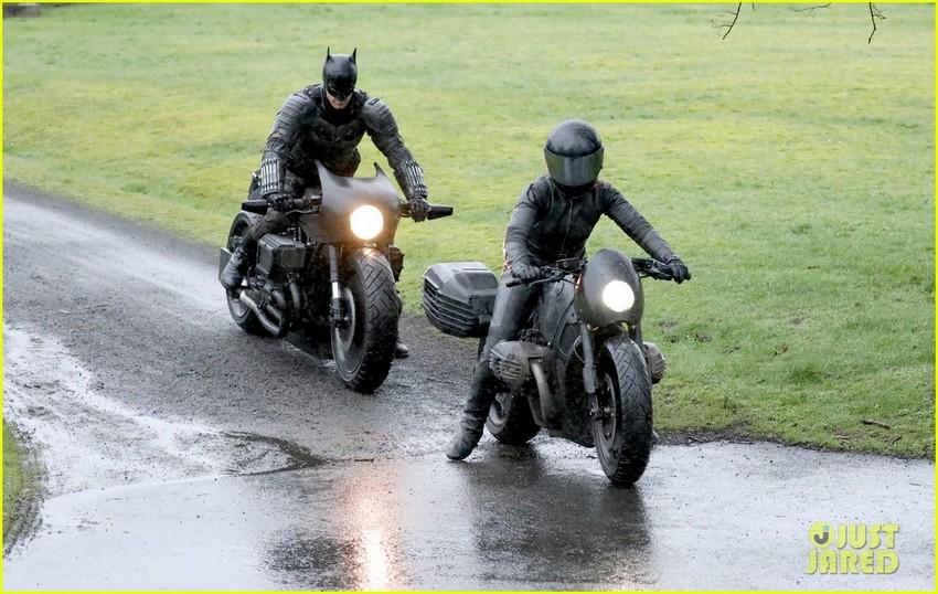 The Batman set pics reveal full look at Robert Pattinson's batsuit, batcycle