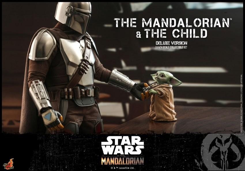 Hot Toys The Mandalorian has shiny armour, more firepower and Baby Yoda 33