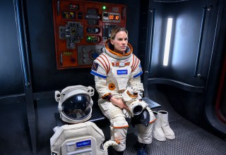 First look teaser trailer and images for Away - a new Netflix drama... in SPACE 10
