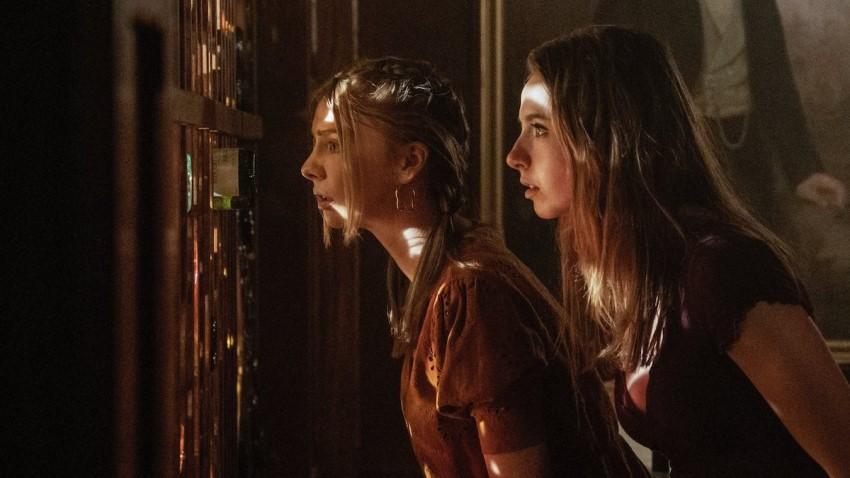 Having it all is easy in Netflix's comedy series Teenage Bounty Hunters 3