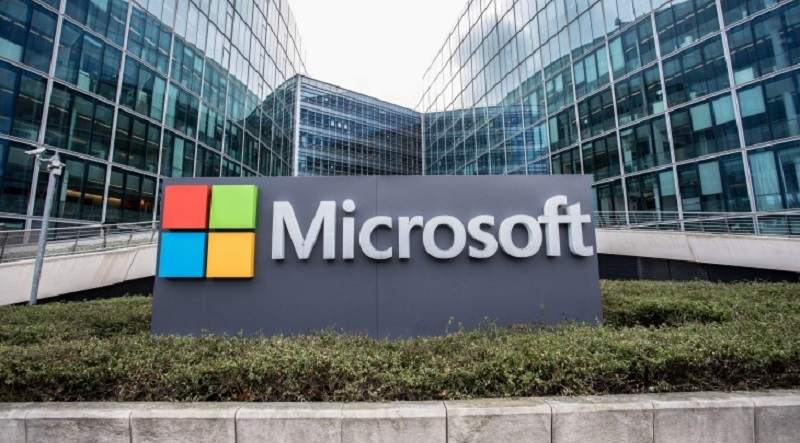Microsoft has patented a chatbot that can imitate celebrities or deceased loved ones 3