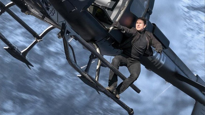 Tom Cruise and Doug Liman's space flight confirmed for October 2021 - Critical Hit