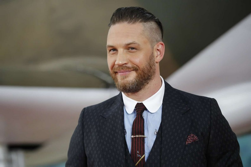 No, Tom Hardy probably isn't the next James Bond, but Henry Cavill wants the job 7