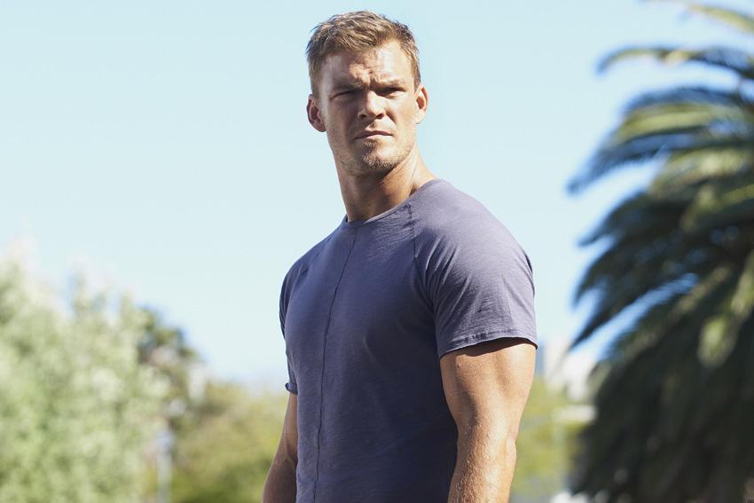 Titans' Alan Ritchson cast to lead Amazon's Jack Reacher TV series 4