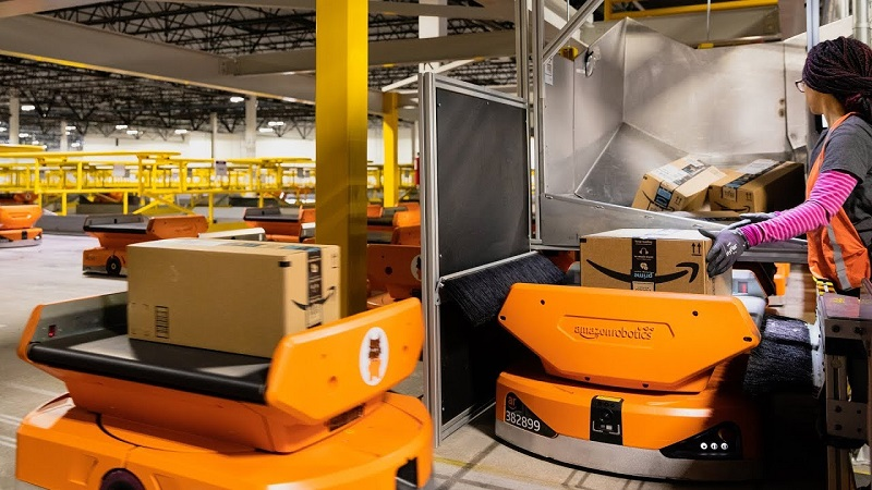Internal documents reveal Amazon's automated warehouses are causing higher injury rates 4