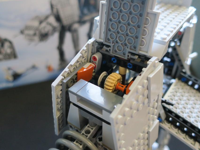 Lego Star Wars AT-AT Walker review - Hoth damn! 33