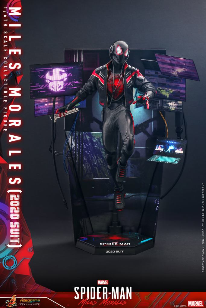 Hot Toys Daft Punk Spider-Man is packing webs and LEDs 28