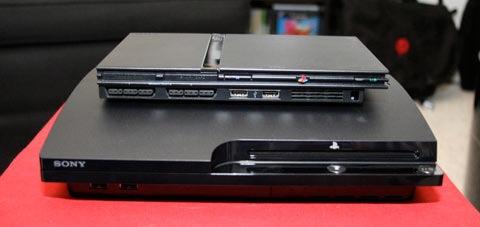 PS3SlimVsPS2.jpg