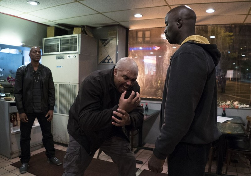 luke-cage-review-5