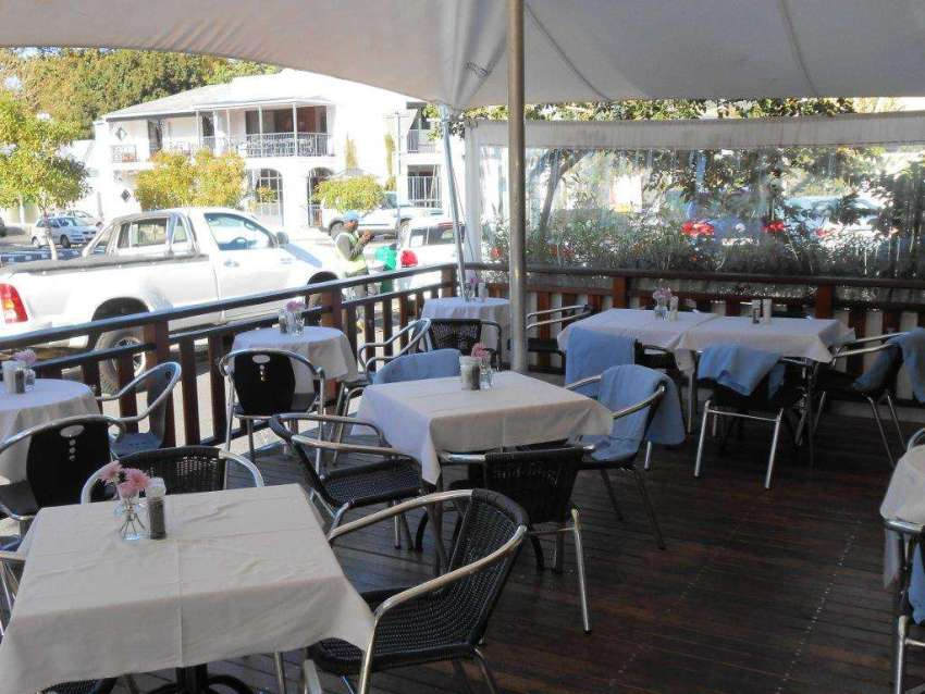 Barristers Grill - Old-world charm in Newlands 13