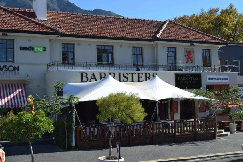 Barristers Grill - Old-world charm in Newlands 8