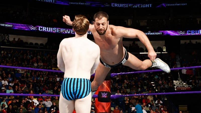 WWE RAW January 9 (4)