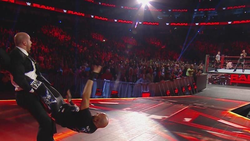 WWE RAW January 9 (8)
