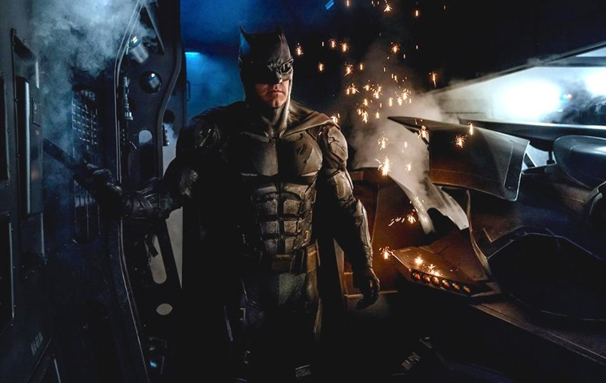 Batman JL Tactical suit
