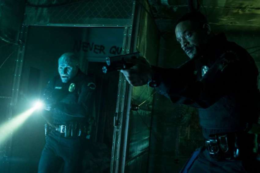 Early buzz for Netflix's Bright indicates the movie is not so... bright 8