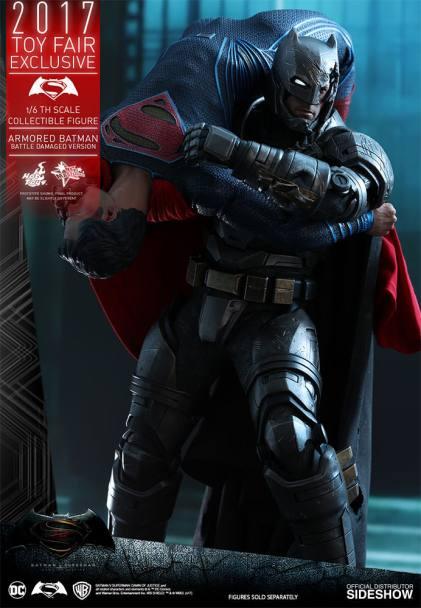 Hot Toys Batman V Superman (12)