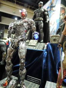 Hot Toys SDCC 2017 (58)