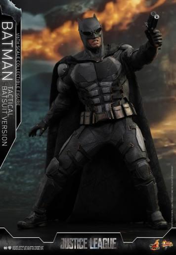 JL Tatctical Batman (13)