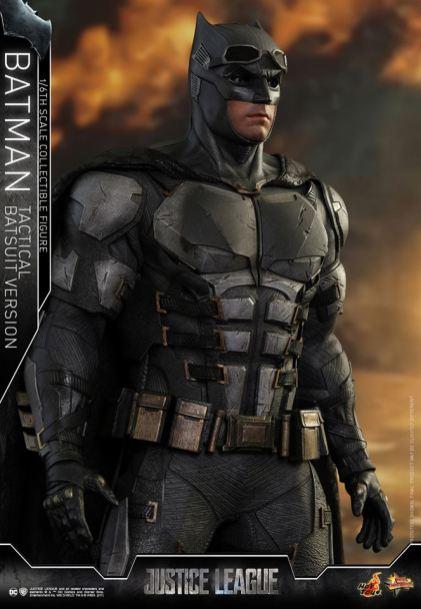JL Tatctical Batman (9)