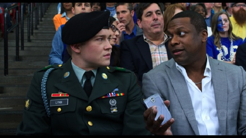 Billy Lynn's Long Halftime Walk (DVD) Review – A film not worthy of being a halftime attraction 10