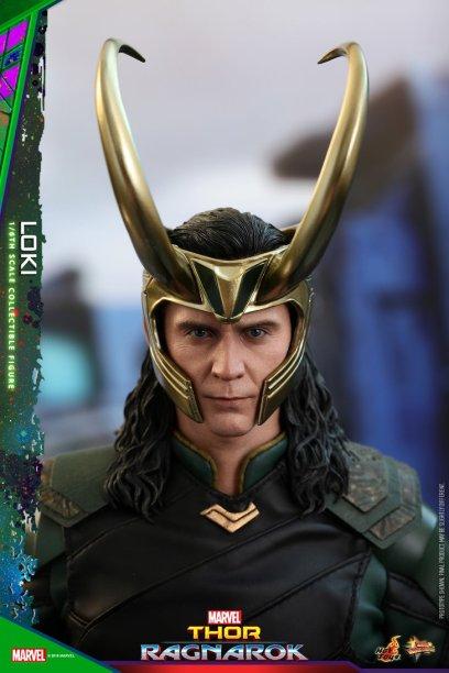 Hot Toys Loki (20)