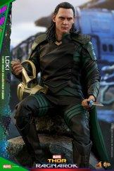 Hot Toys Loki (8)