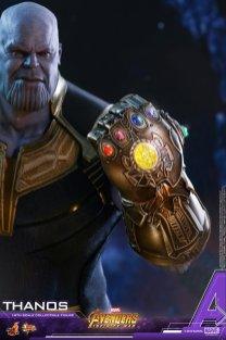Hot Toys Thanos (16)