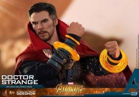 Hot Toys Doctor Strange (15)