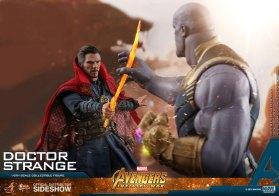 Hot Toys Doctor Strange (17)