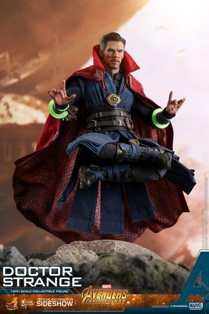 Hot Toys Doctor Strange (7)