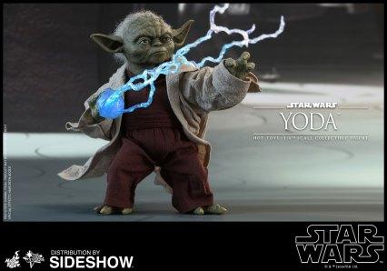 Yoda Hot Toys (16)