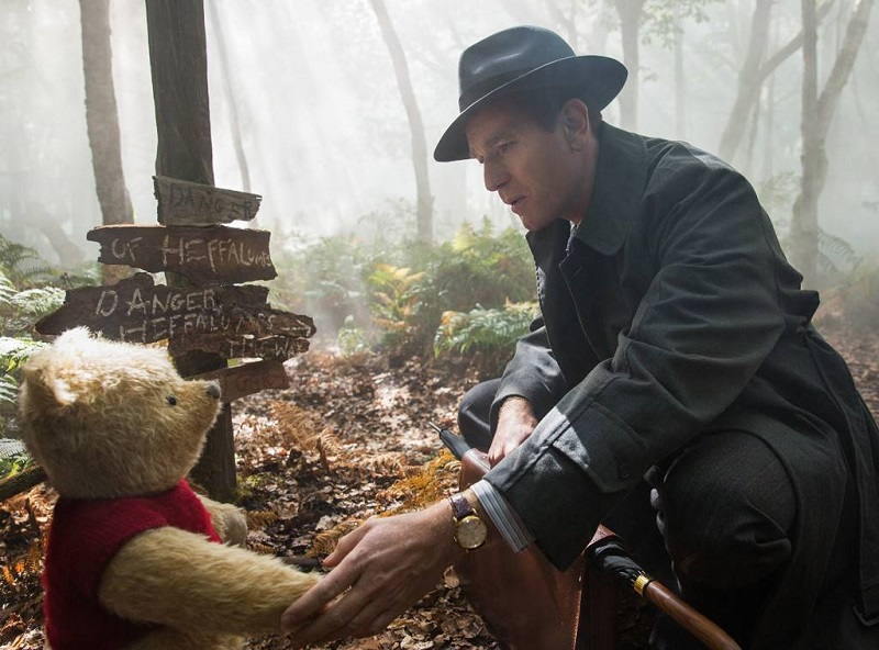 Christopher Robin Review – The youthful charm of Winnie the Pooh meets the sensibilities of adult life 10