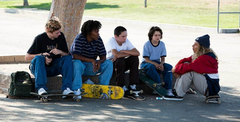 It's just a bad skating day in this trailer for Mid90s 2