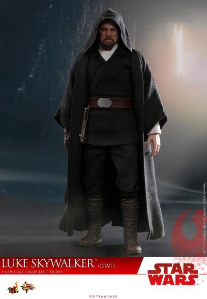 Hot Toys Luke Skywalker Crait (2)
