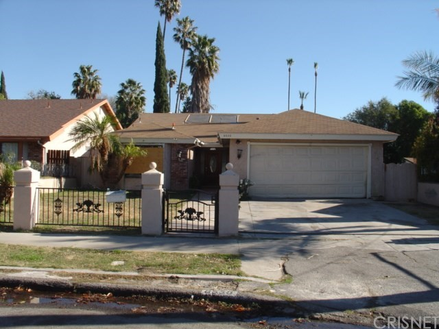 Diamond in the rough for this amazing home!!  This charming home is awaiting for the right buyer to enhance this great home located in Northridge. 4 Bedrooms , 2 bathroom, family room, dining area, fireplace in the living room, covered patio. 2 attached car Garage. The Seller has received Multiple Offers and the property is under Highest & Best with a current due date of 1/16/2019 11:59:00 PM Mountain Standard Time. Please submit your Highest & Best to no later than the due date.  Any offers received after this time may not be considered.